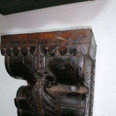 Antigüedades: MÉNSULAS DE MADERA DE TEKA. Lote 195204856