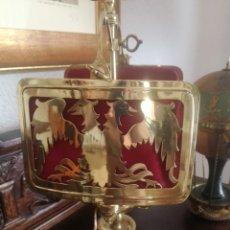 Antigüedades: LÁMPARA CON ÁGUILAS. Lote 195206225