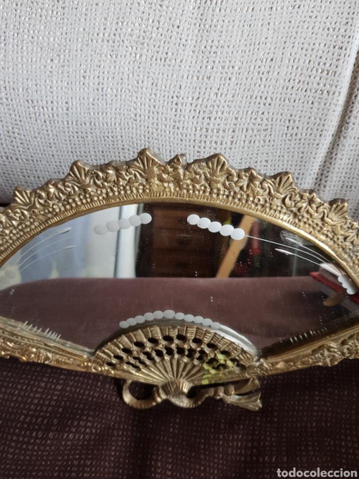 Antigüedades: Espejo de bronce con forma de abanico - Foto 5 - 195208750