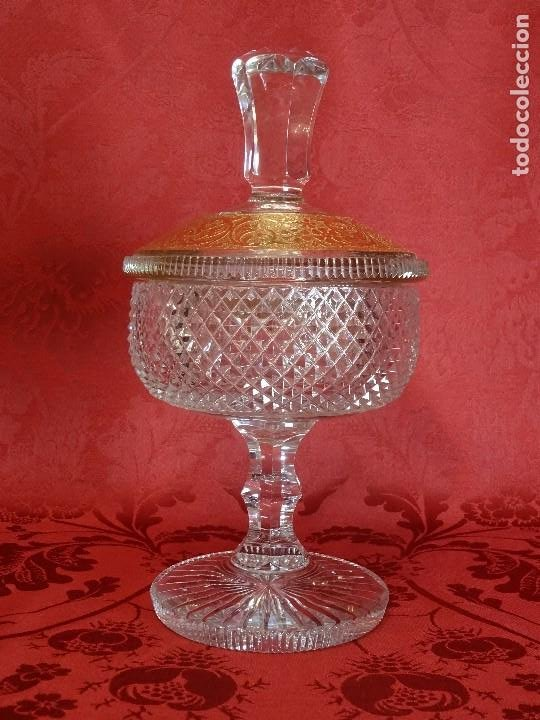BOMBONERA TALLADA (Antigüedades - Cristal y Vidrio - Bohemia)