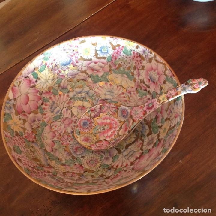 Antigüedades: Gran cuenco con cuchara. Macao. Años 50. Esmalte y oro. - Foto 9 - 195227945