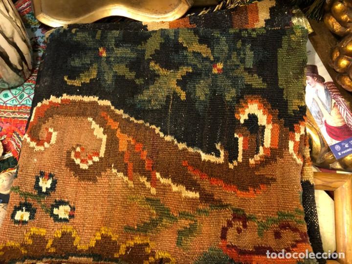 Antigüedades: 4 cojies hechos con kilims antiguos - Foto 3 - 195236636