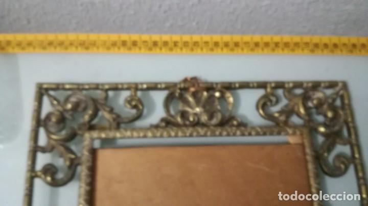 Antigüedades: 2 MARCOS DE BRONCE IGUALES MEDIDAS APROXIMADAS 31X38 CM - Foto 7 - 195250197