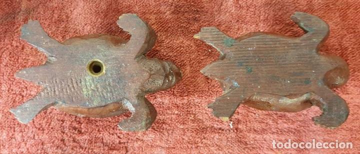 Antigüedades: LÁMPARA DE SOBREMESA. MADERA DE CAOBA. BASES CON FORMA DE TORTUGA. SIGLO XX. - Foto 9 - 195262785
