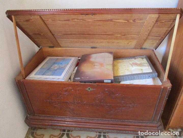Antigüedades: ARCA, ARCÓN, BAÚL ANTIGUO DE ALREDEDOR DE 1890 - 133 x 65 x 77 cm - Foto 2 - 195266147