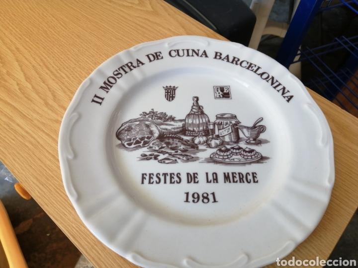 II MOSTRA DE CUINA BARCELONINA FESTES DE LA MERCE 1981 (Antigüedades - Hogar y Decoración - Platos Antiguos)