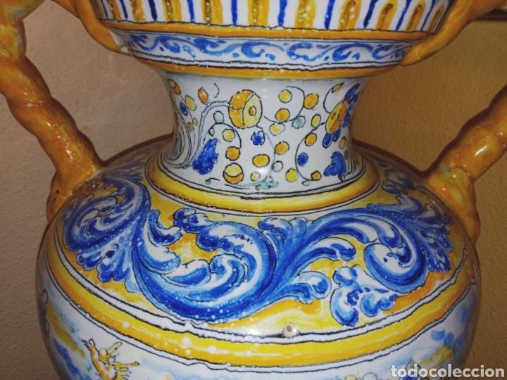 Antigüedades: JARRON DE DOS ASAS - CERAMICA DE MANISES - FINALES DEL SIGLO XIX - PIEZA UNICA -DE COLECCION PRIVADA - Foto 2 - 195278808