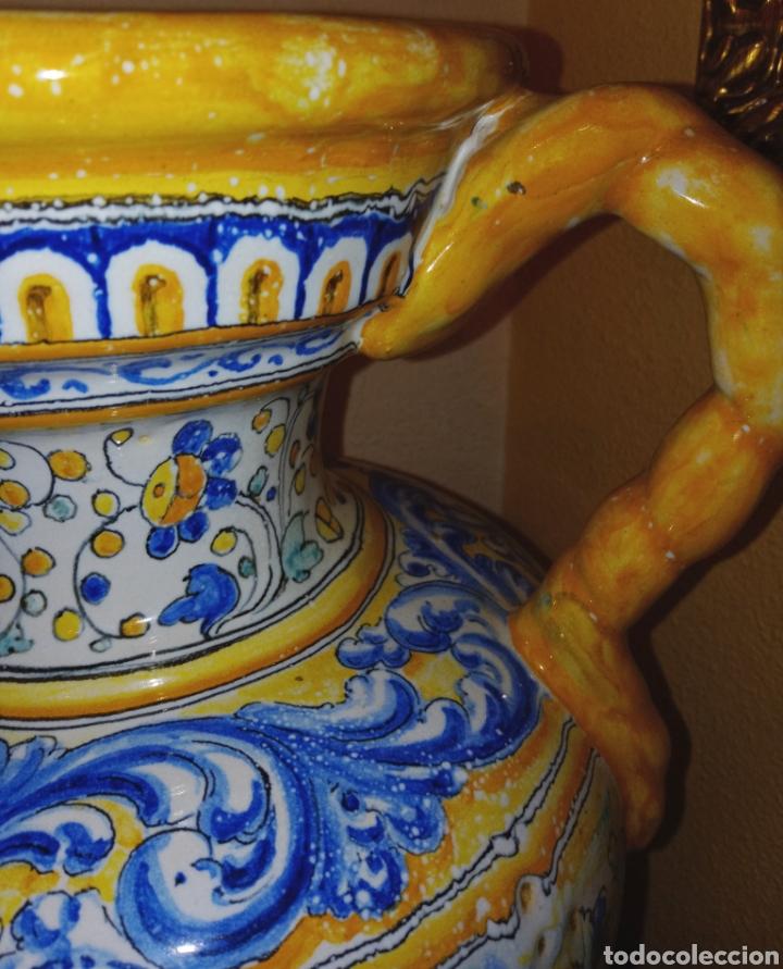 Antigüedades: JARRON DE DOS ASAS - CERAMICA DE MANISES - FINALES DEL SIGLO XIX - PIEZA UNICA -DE COLECCION PRIVADA - Foto 4 - 195278808