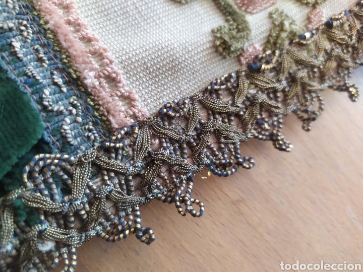 Antigüedades: -&- Camino de mesa , terciopelo verde y tonos rosas - Foto 5 - 195291421