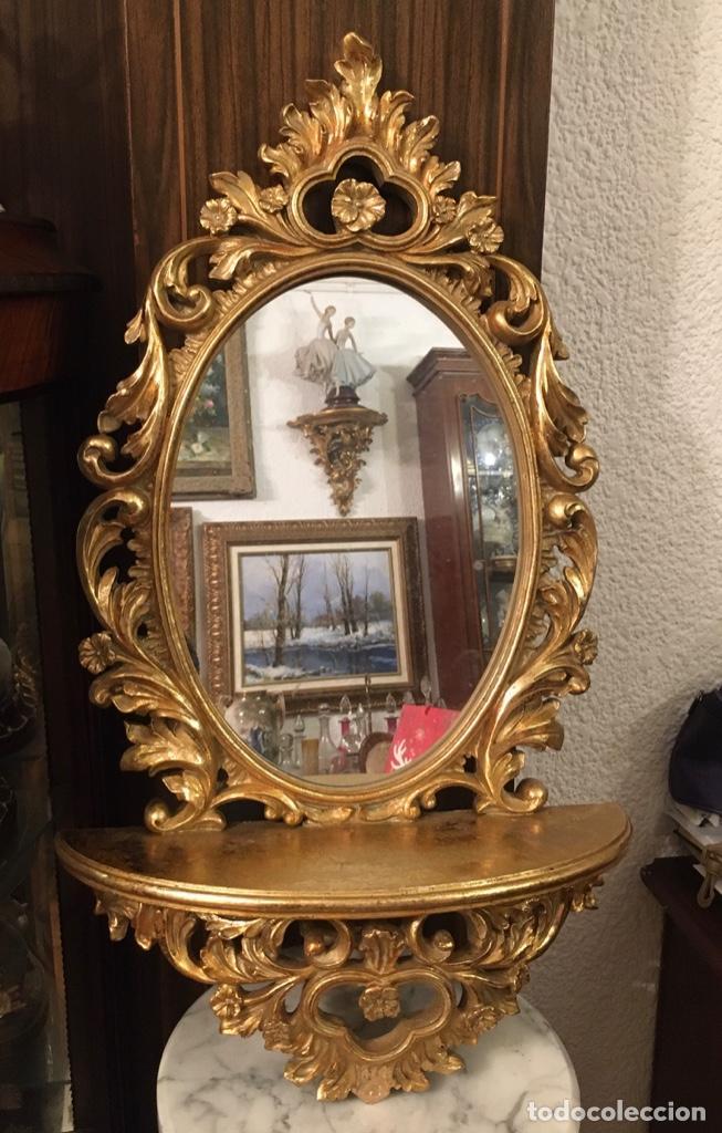 Antigüedades: PEANA EN MADERA Y ESTUCO POLICROMADO.CON ESPEJO. - Foto 2 - 195315941