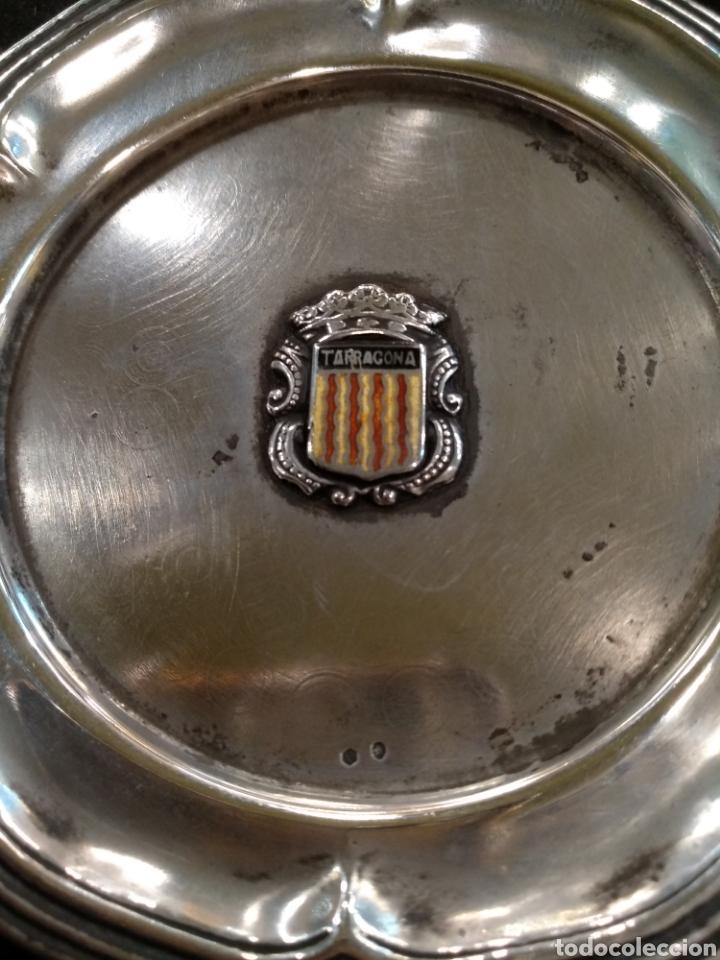 Antigüedades: Plato / bandeja de plata con escudo de la comunidad Tarragona - Foto 3 - 195319767