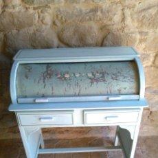 Antigüedades: ESCRITORIO INFANTIL. Lote 195327097