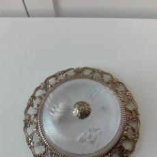 Antigüedades: PLAFÓN, LÁMPARA PARA TECHO DE BRONCE. Lote 195333980