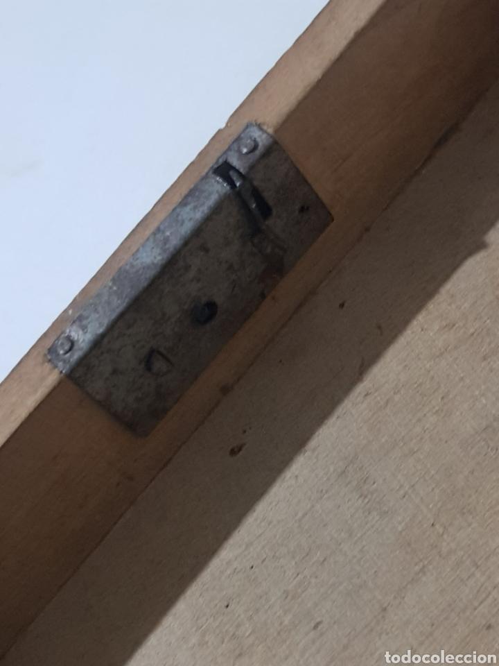 Antigüedades: Hucha de madera antigua? Con cerradura falta la llave 15 x 10 x 5 - Foto 8 - 195334470