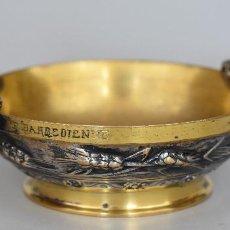 Antigüedades: F. BARBEDIENNE – COUPE – BRONZE DOUBLE PATINE, DORÉ ET ARGENTÉ – SIGNÉE – FRANCE, XIXE.. Lote 195335686