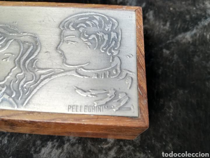Antigüedades: Pequeña caja con plancha de plata de ley firmado Pellegrini - Foto 2 - 195338858
