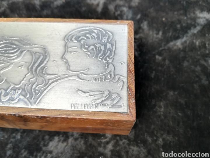 Antigüedades: Pequeña caja con plancha de plata de ley firmado Pellegrini - Foto 3 - 195338858