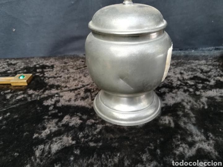 Antigüedades: Antigua azucarera de zinc sin usar con precio en pesetas - Foto 3 - 195339422