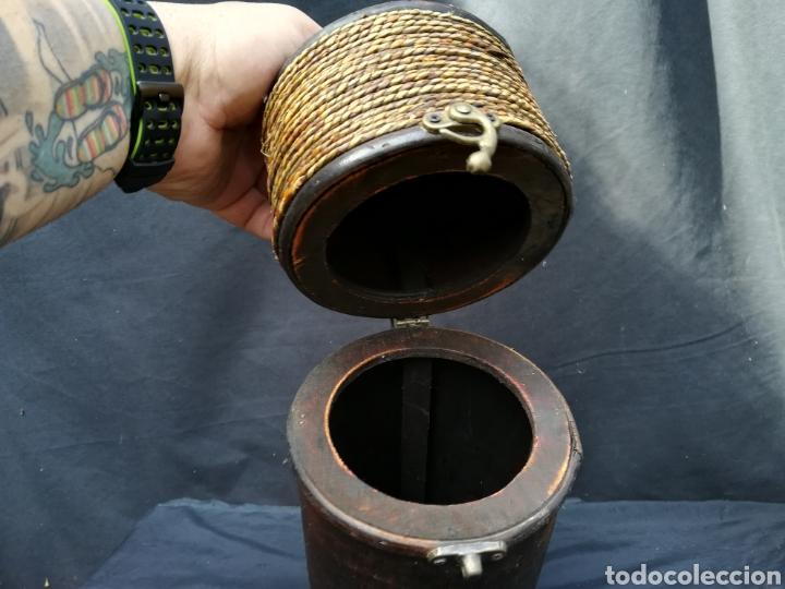 Antigüedades: Funda de madera para botella - Foto 4 - 195339596