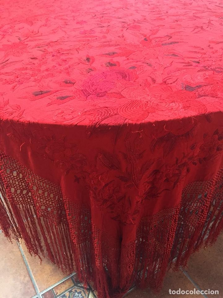 Antigüedades: Antiguo mantón de manila. Con defectos. - Foto 3 - 195353616