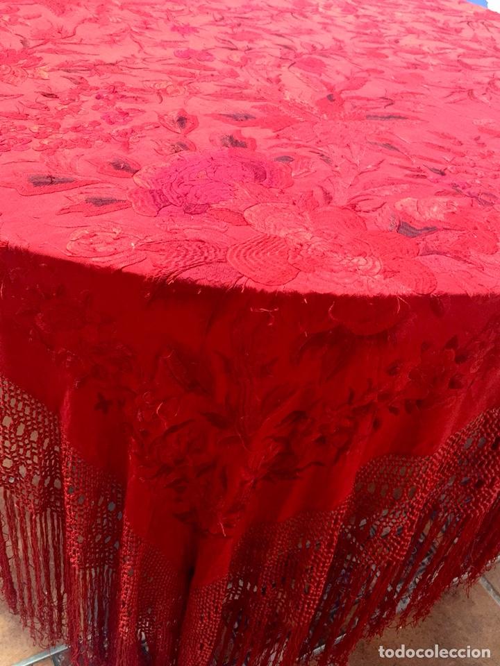 Antigüedades: Antiguo mantón de manila. Con defectos. - Foto 4 - 195353616