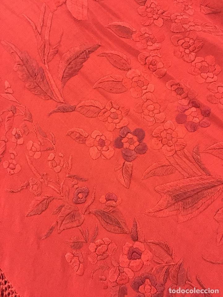 Antigüedades: Antiguo mantón de manila. Con defectos. - Foto 7 - 195353616