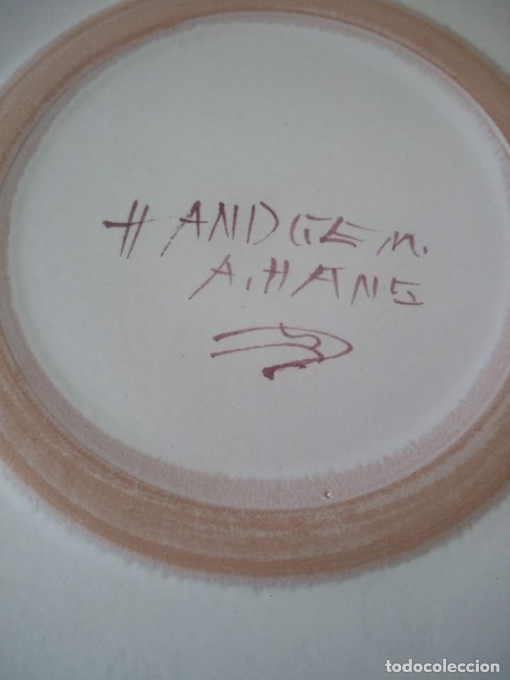 Antigüedades: plato tartero ceramica hand gem a.hans,pintdo a mano firmado,barcos en el lago - Foto 4 - 195364851
