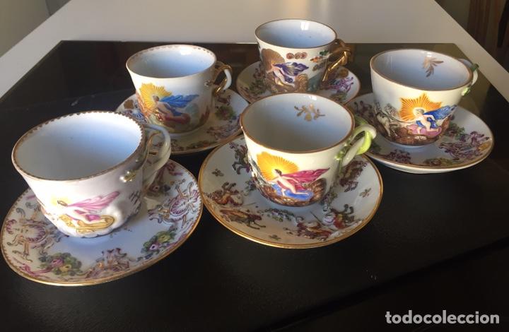 CAPIDIMONTE. 5 TAZAS DE CAFÉ EN PORCELANA XIX/XX (Antigüedades - Porcelanas y Cerámicas - Otras)