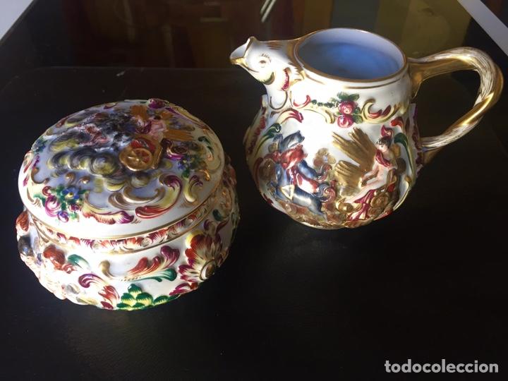 CAPODIMONTE. AZUCARERO Y LECHERA XIX/ XX. SERIE APOLO (Antigüedades - Porcelanas y Cerámicas - Otras)