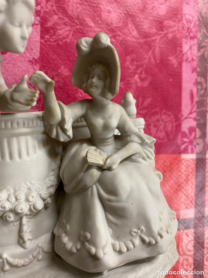 Antigüedades: Porcelana biscuit del siglo XIX medidas 20x12x17 - Foto 2 - 195369055