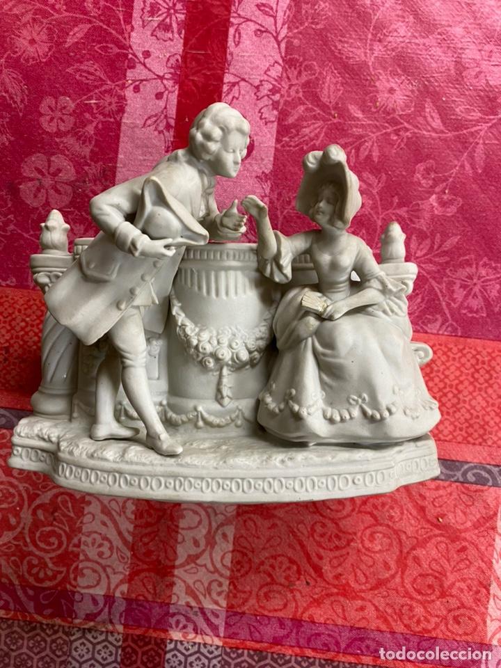 PORCELANA BISCUIT DEL SIGLO XIX MEDIDAS 20X12X17 (Antigüedades - Porcelanas y Cerámicas - Otras)