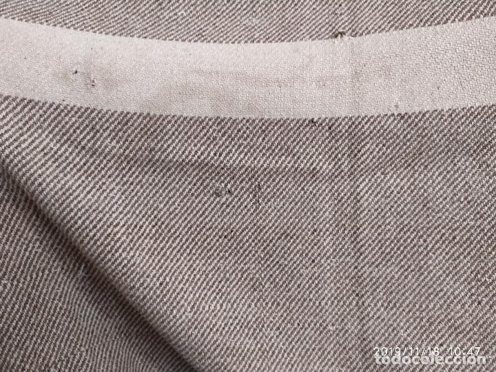 Antigüedades: MANTA ANTIGUA DE LANA ESTAMEÑA DE TELAR ARTESANAL PPS. SIGLO XX - Foto 8 - 195369205