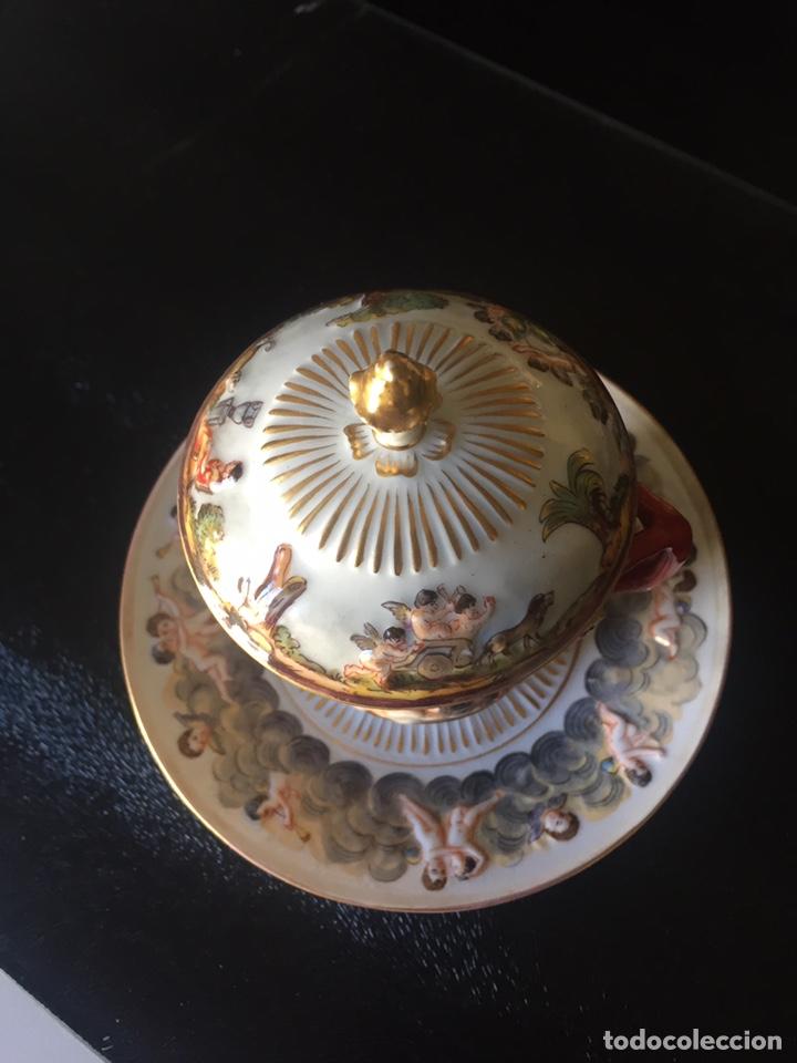 Antigüedades: CAPIDIMONTE. 2 TAZAS PARA CHOCOLATE EN PORCELANA XIX/XX - Foto 6 - 195369321