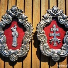 Antigüedades: LOTE DE 2 RELICARIO EN METAL REPUJADO PARA COLGAR. Lote 195382157