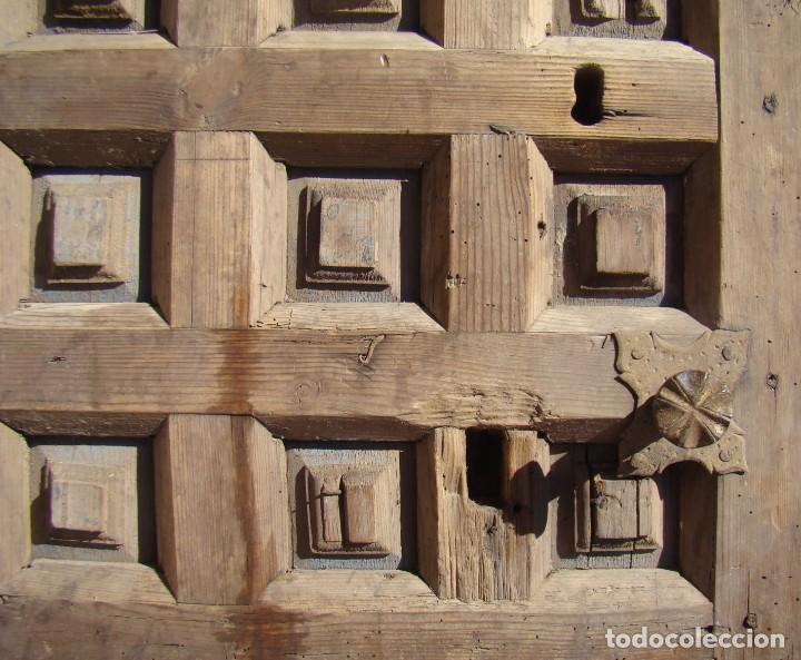 Antigüedades: PUERTA BARROCA DE CAJA FUERTE (ss. XVII-XVIII). EN MADERA Y CON DOS CERRADURAS. - Foto 2 - 195385778