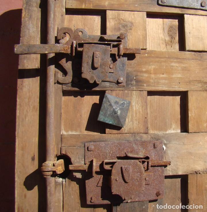 Antigüedades: PUERTA BARROCA DE CAJA FUERTE (ss. XVII-XVIII). EN MADERA Y CON DOS CERRADURAS. - Foto 5 - 195385778