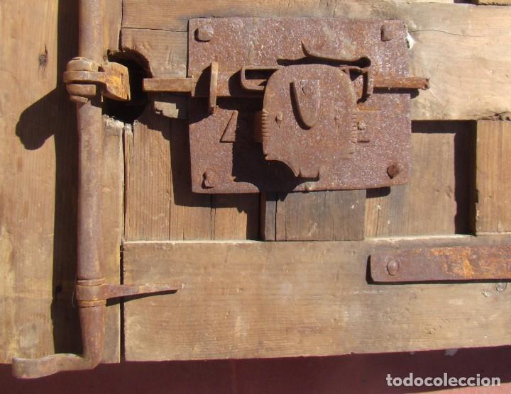 Antigüedades: PUERTA BARROCA DE CAJA FUERTE (ss. XVII-XVIII). EN MADERA Y CON DOS CERRADURAS. - Foto 6 - 195385778