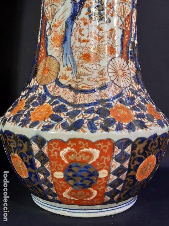 Antigüedades: Pareja jarrones. Porcelana. Imari. Japón. Siglo XVIII-XIX. - Foto 3 - 195388031