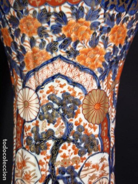 Antigüedades: Pareja jarrones. Porcelana. Imari. Japón. Siglo XVIII-XIX. - Foto 5 - 195388031