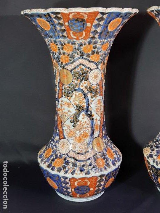 Antigüedades: Pareja jarrones. Porcelana. Imari. Japón. Siglo XVIII-XIX. - Foto 13 - 195388031