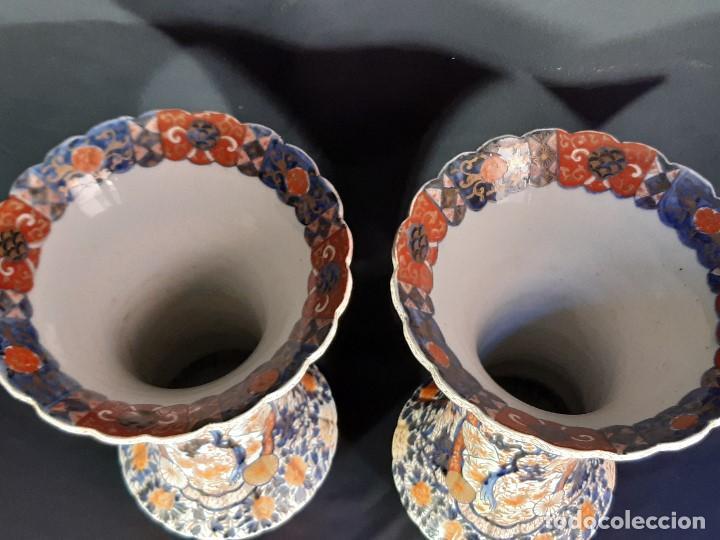 Antigüedades: Pareja jarrones. Porcelana. Imari. Japón. Siglo XVIII-XIX. - Foto 20 - 195388031