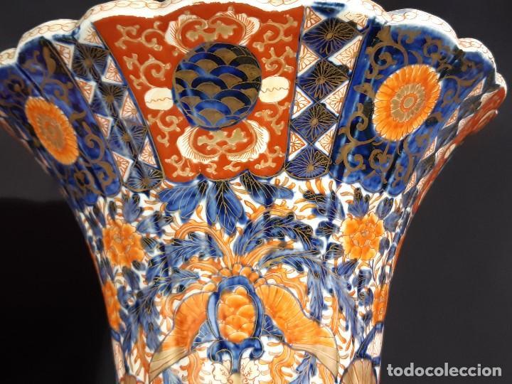 Antigüedades: Pareja jarrones. Porcelana. Imari. Japón. Siglo XVIII-XIX. - Foto 24 - 195388031