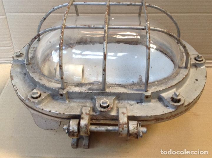 Antigüedades: ANTIGUO LAMPARA FAROL DE BARCO DE HIERRO FUNDIDO NORTEM - Foto 3 - 195388167