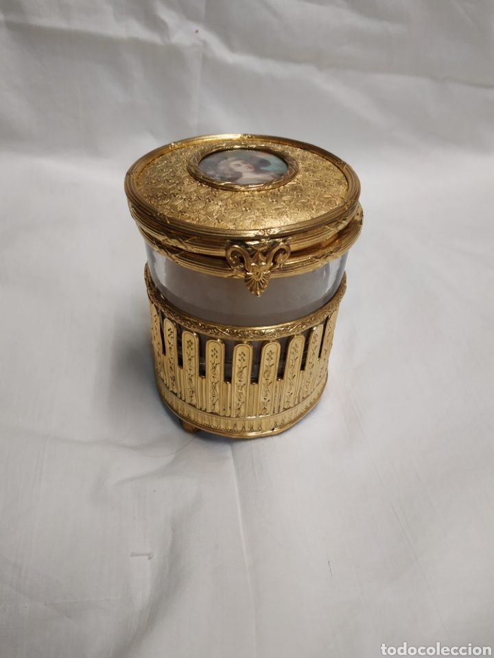 POLVERA CAJA DE MÚSICA (Antigüedades - Varios)