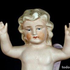 Antigüedades: ANTIGUO ANGELITO DE BISCUIT COLOREADO.. Lote 195389812