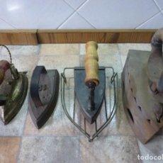Antigüedades: LOTE DE 4 ANTIGUAS PLANCHAS Y 1 BASE. Lote 195394348