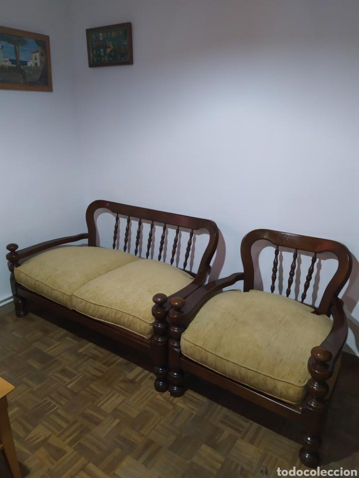 SOFÁ Y SILLÓN DE MADERA VINTAGE (Antigüedades - Muebles Antiguos - Sofás Antiguos)
