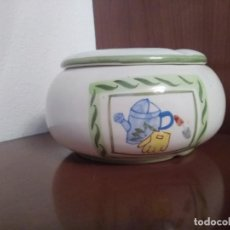 Antigüedades: CENICERO PORCELANA VINTAGE. Lote 195400177