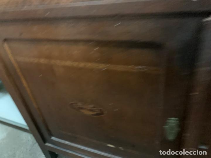 Antigüedades: Aparador vidrio biselado - Foto 8 - 195411061