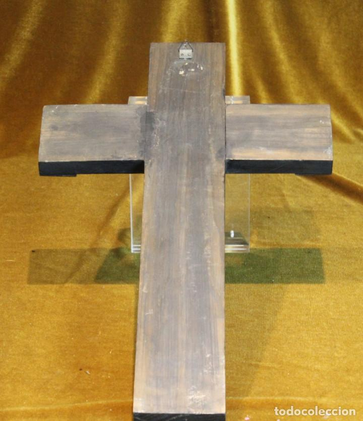 Antigüedades: Crucifijo,madera y bronce,50 x 30 cm, años 60 - Foto 5 - 195415960
